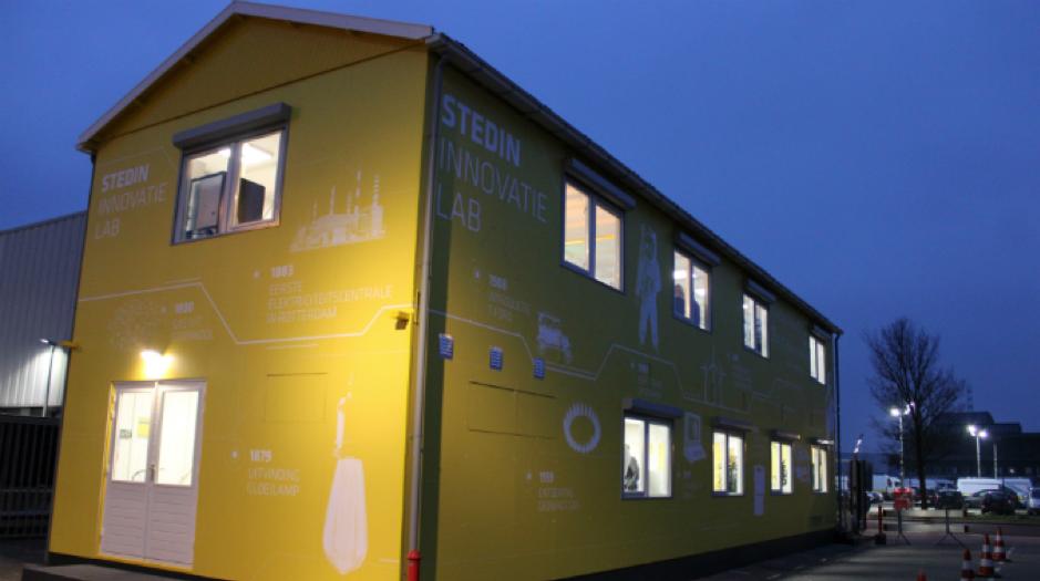 foto van het Stedin Innovatielab waarop een huis te zien is